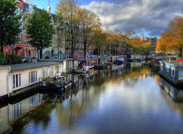Un paseo entre los canales de amsterdam turismo amsterdam for Hoteles en el centro de amsterdam