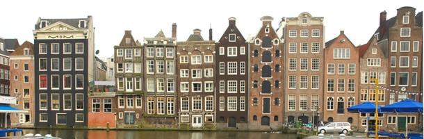 canal-fachadas