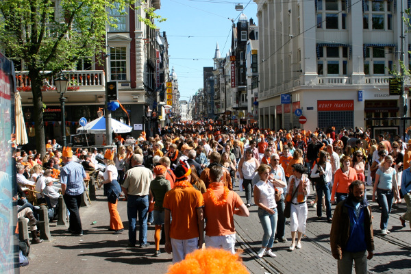 Cada vez llegan más turistas a Ámsterdam